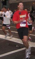 Perry joggling marathon